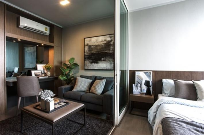Brand new 1 bedroom condominium in the heart of Bangkok